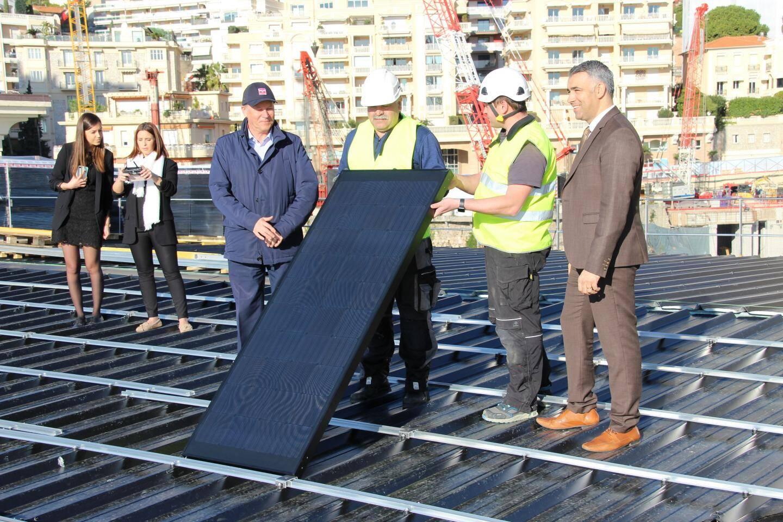 789 panneaux de ce type couvrent dorénavant 1 000 m² de toiture.