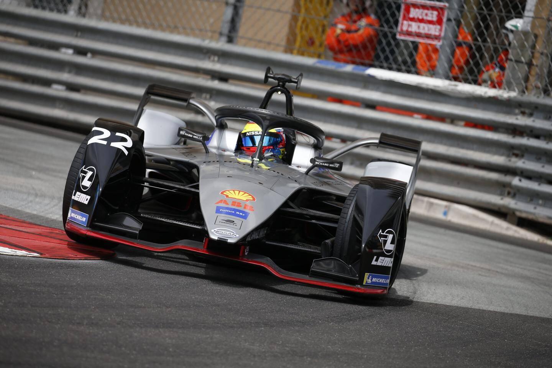 Privé de la pole position par une pénalité, le Britannique Oliver Rowland (Nissan-e. Dams) n'a pas tout perdu puisqu'il détient le nouveau record de la piste (1,765 km) : 49''847 !