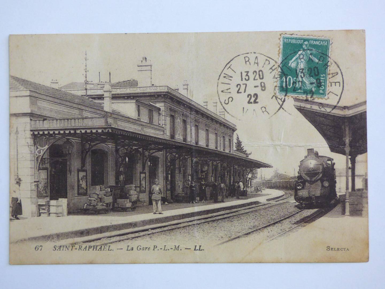 La gare Paris-Lyon-Méditerranée, vers 1922.