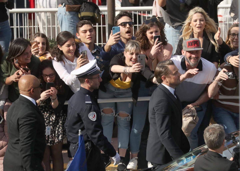 Les fans en folie à l'arrivée de Leonardo DiCaprio.