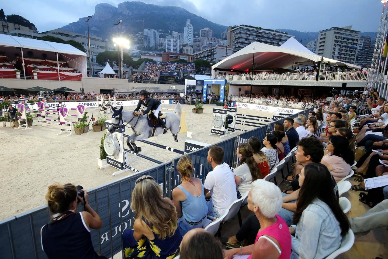 À côté des meilleurs mondiaux (notre photo), 13 jeunes cavaliers monégasques sont inscrits cette année dans une nouvelle épreuve.
