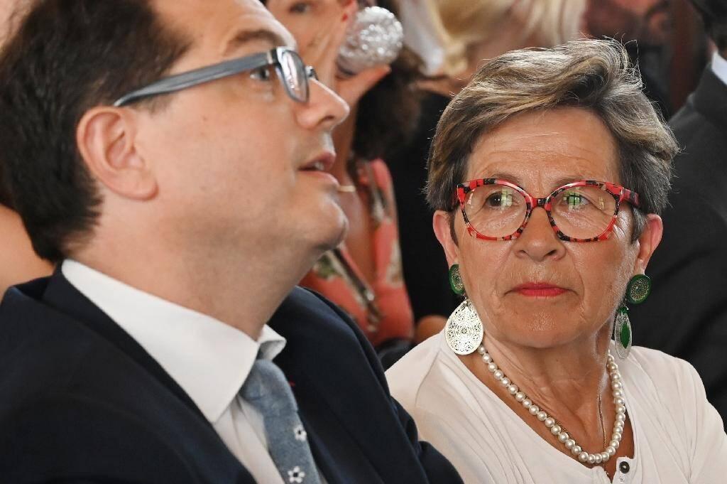 Viviane Lambert, la mère de Vincent Lambert, et l'un de ses avocats Jérôme Triomphe, à la Cour de cassation à Paris le 24 juin 2019