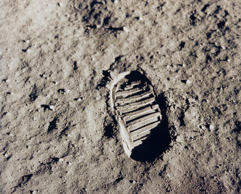 """""""C'est un petit pas pour l'homme, un grand pas pour l'humanité""""."""