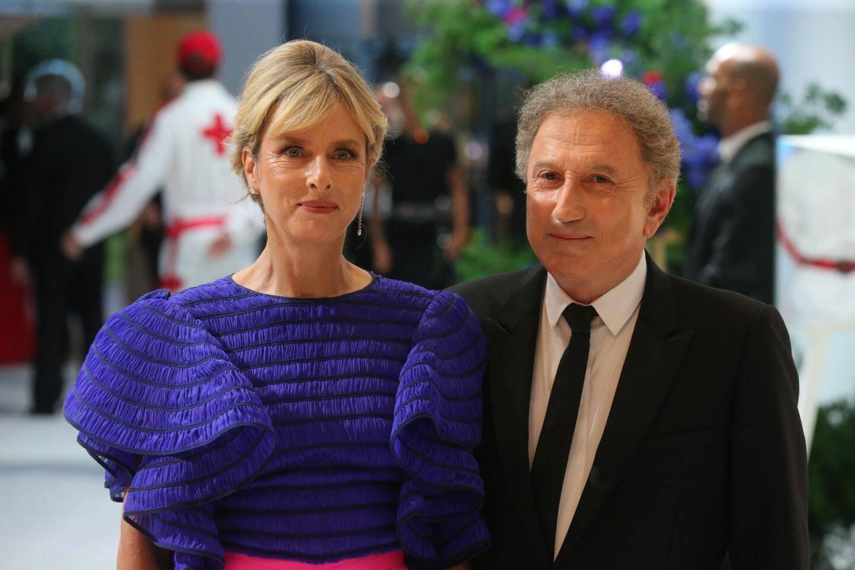 Duo inédit de la soirée: l'actrice Karin Viard et l'inoxydable Michel Drucker.