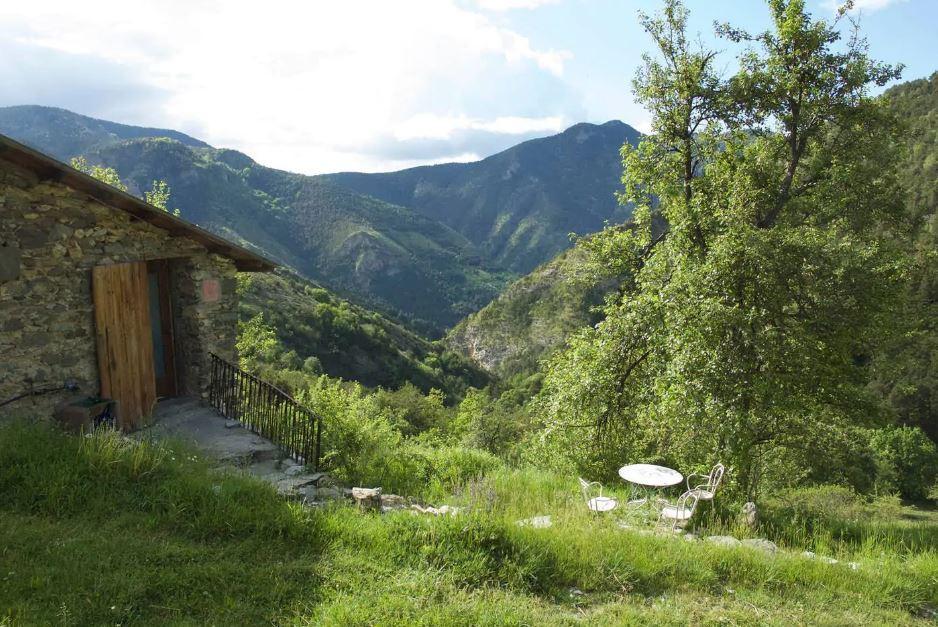 Une ferme rénovée au dessus de Tende, dans la vallée de la Roya.