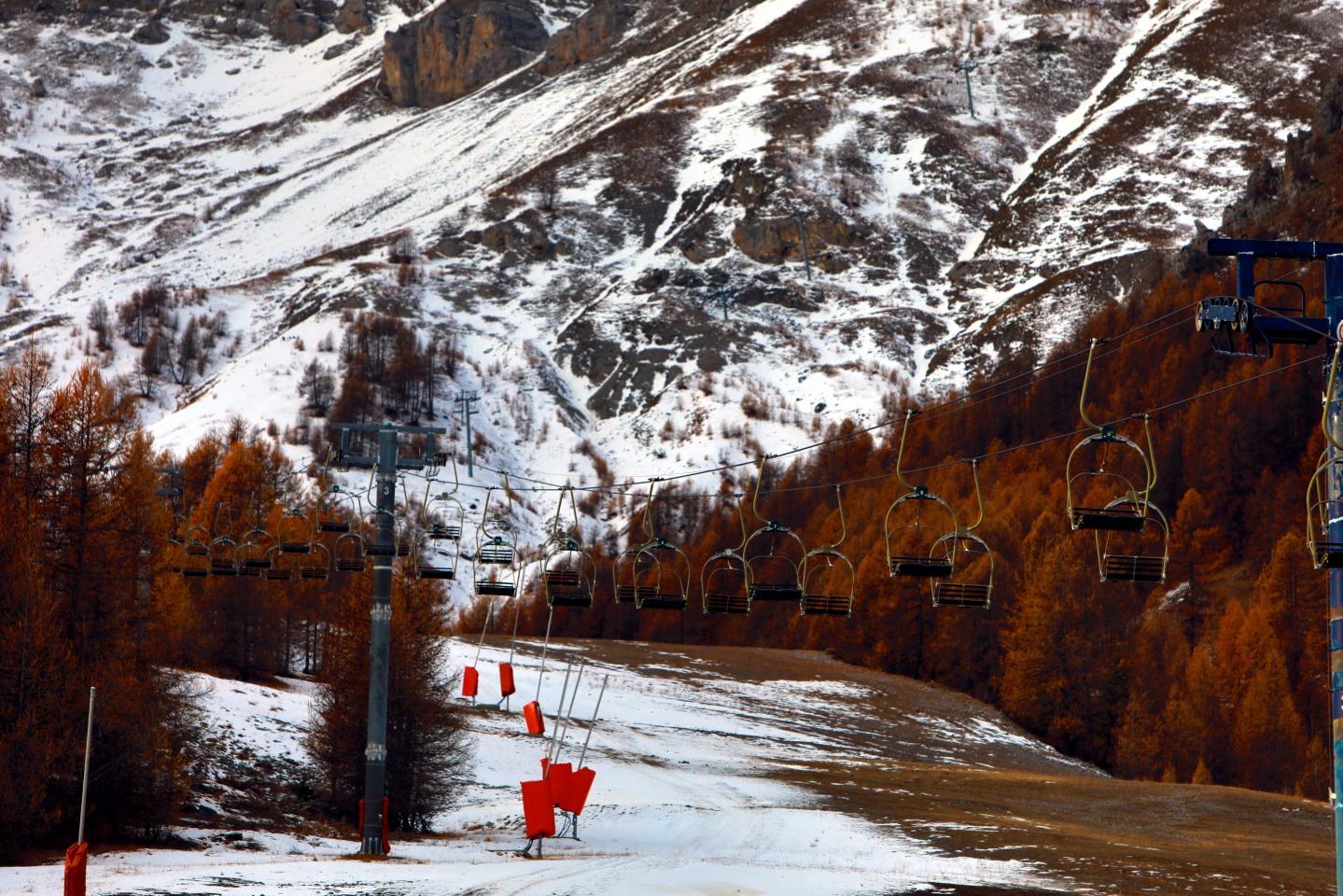 Dans le Mercantour le manteau neigeux aura diminué de 70% à 1200 m et de 40% à 2700m en 2070.