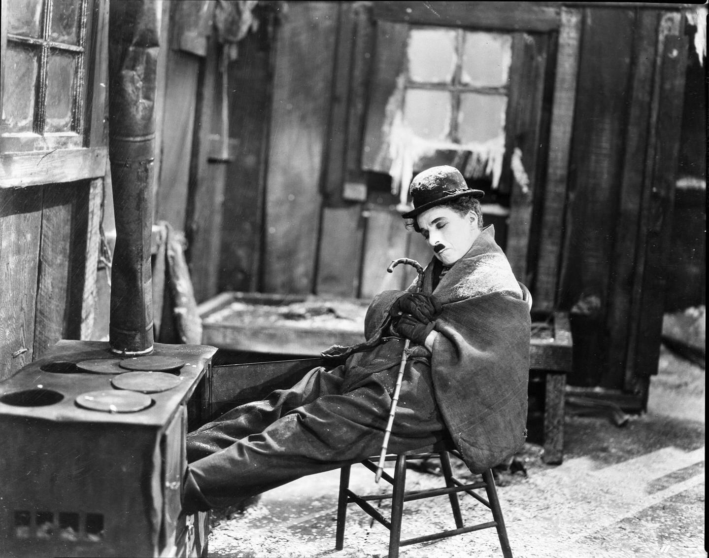 Charlie Chaplin dans La ruée vers l'or.(DR)