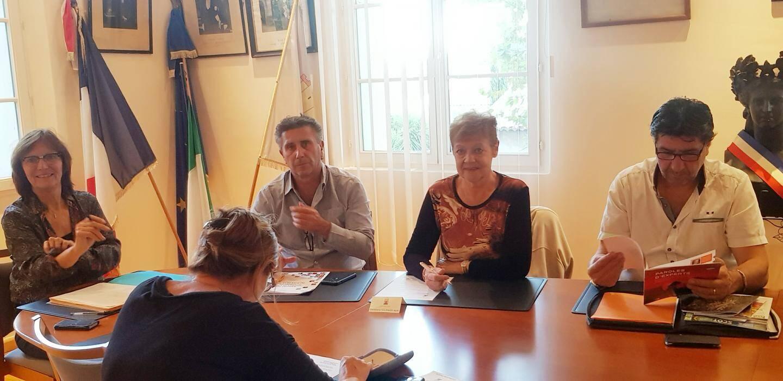 La candidature de Laurent Giubergia n'a pas été évoquée au conseil et le maire n'a fait aucune déclaration.