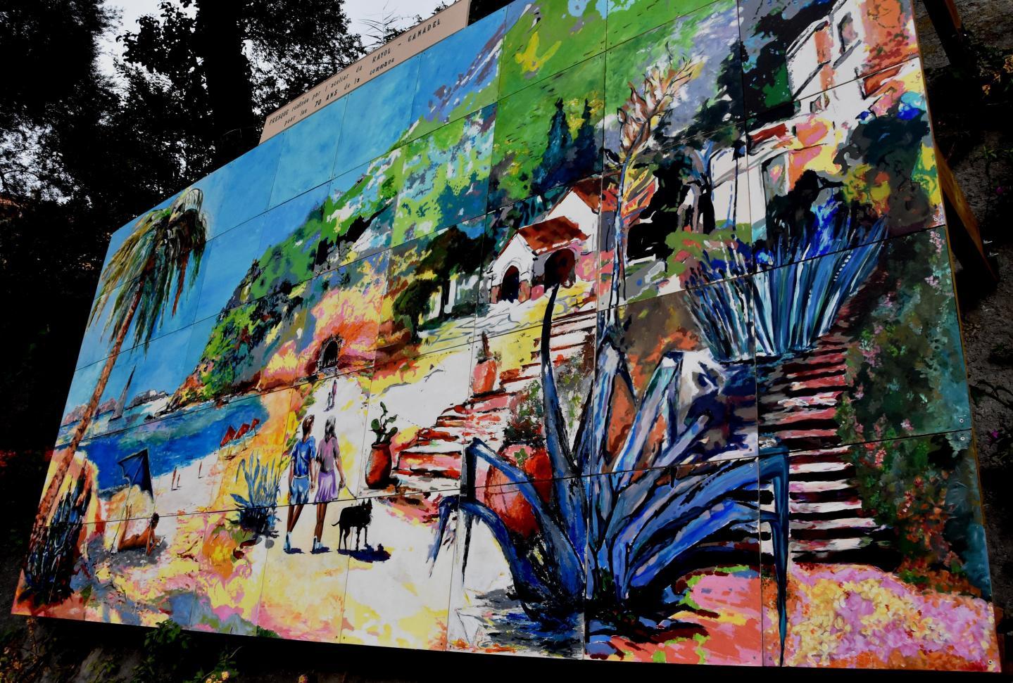 La magnifique fresque relatant le 70e anniversaire à découvrir sur la place Michel-Goy.