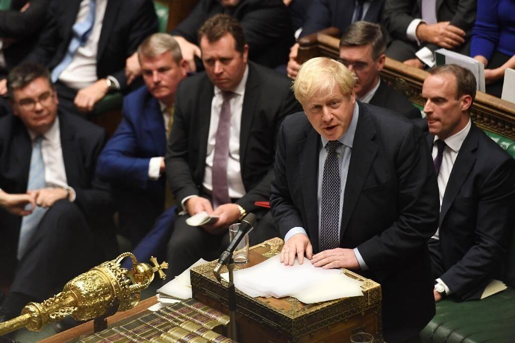 Le Premier ministre britannique Boris Johnson s'exprime à la Chambre des communes durant un débat sur le Brexit, à Londres le 19 octobre 2019.