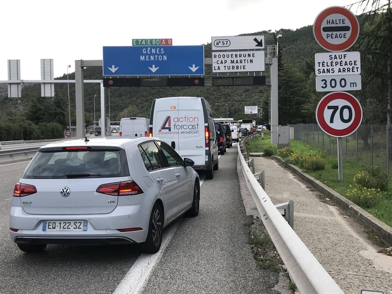 La situation commençait à se tendre sur l'A8, en milieu de matinée, pour accéder à Monaco.