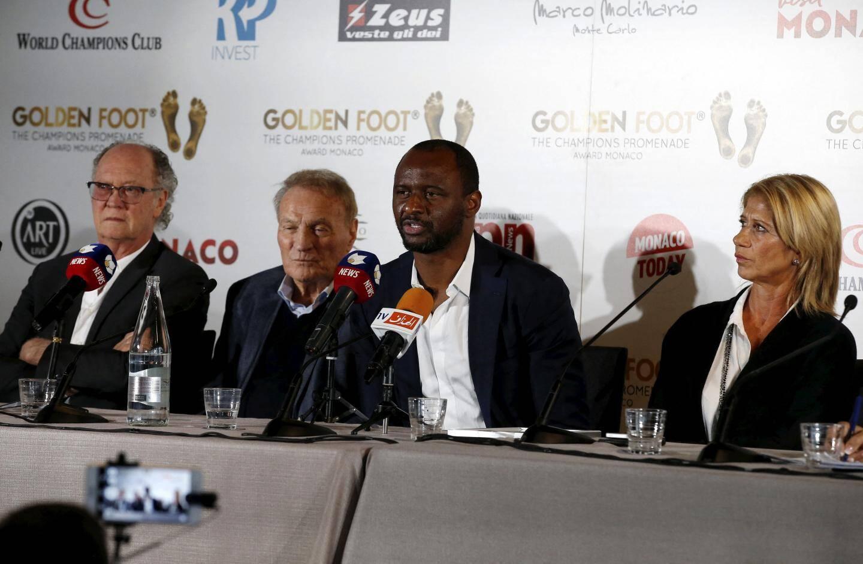 """Conférence de presse des 17e Golden Foot, ce lundi au Fairmont Monaco, avec les """"Légendes"""" 2019 : Paulo Roberto Falcao, Josè Altafini, Patrick Viera, Carolina Morace et Antonio Caliendo, créateur du prix."""