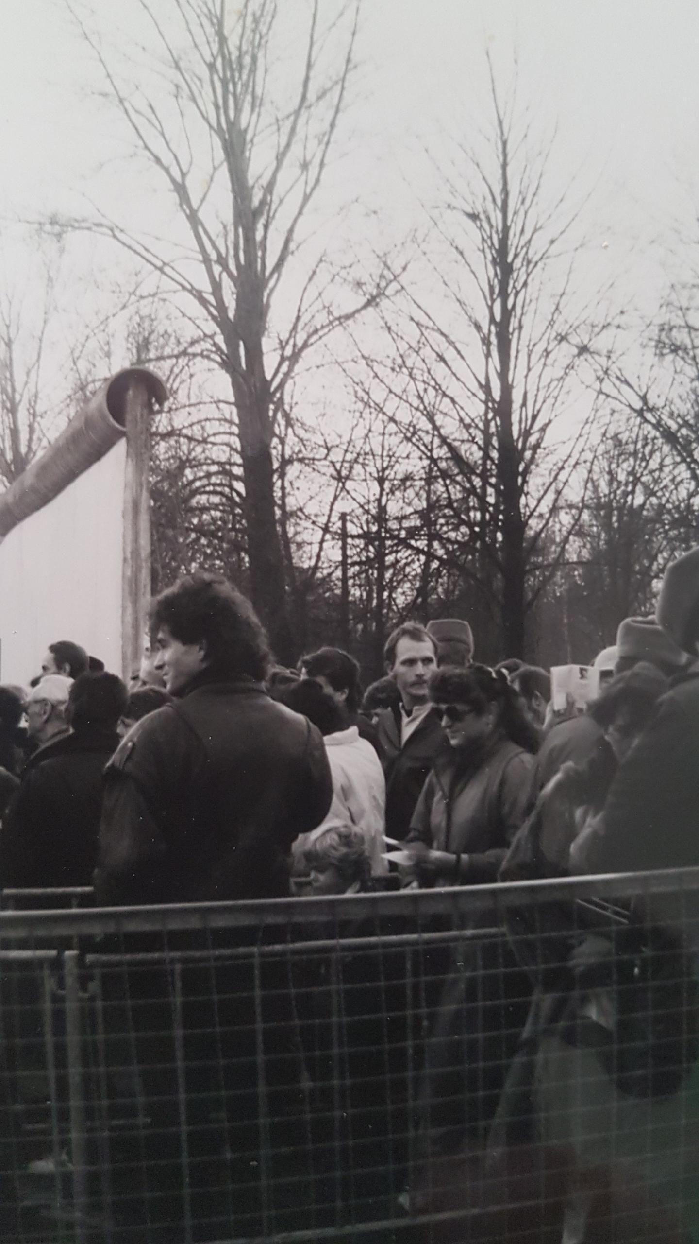 Le 9 novembre 1989, Pascal Bellenger se trouvait à Berlin.Le lendemain, il buvait le champagne au pied du Mur, tout juste