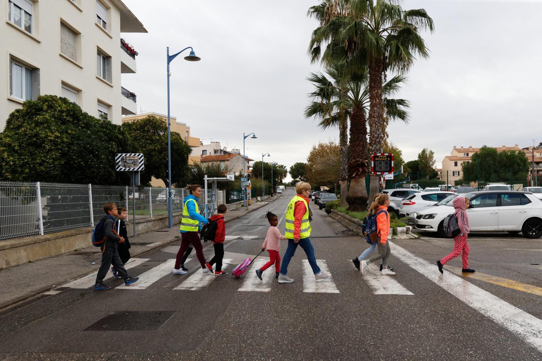 L'Abbey Road de Saint-Mandrier, juste avant l'arrivée à l'école.