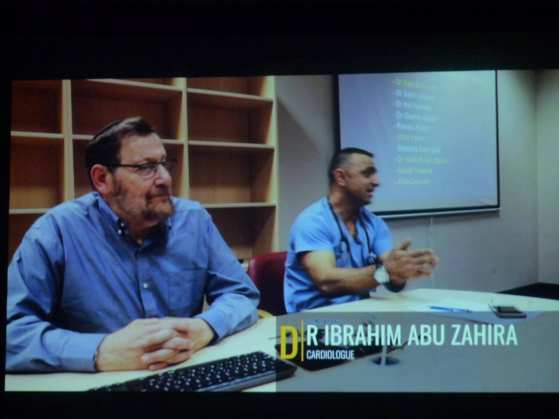 Les docteurs Jean-Jacques Rein et Ibrahim Abu Zahira soignent les enfants palestiniens atteints de maladies cardiaques ou de cancers.