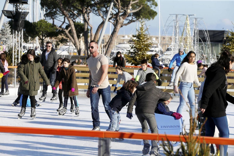 Nombreux sont les Antibois à s'être laissés tenter par la patinoire.