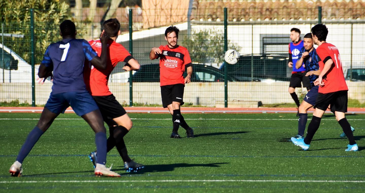 En D1, Cuers-Pierrefeu s'est joué de La Seyne.