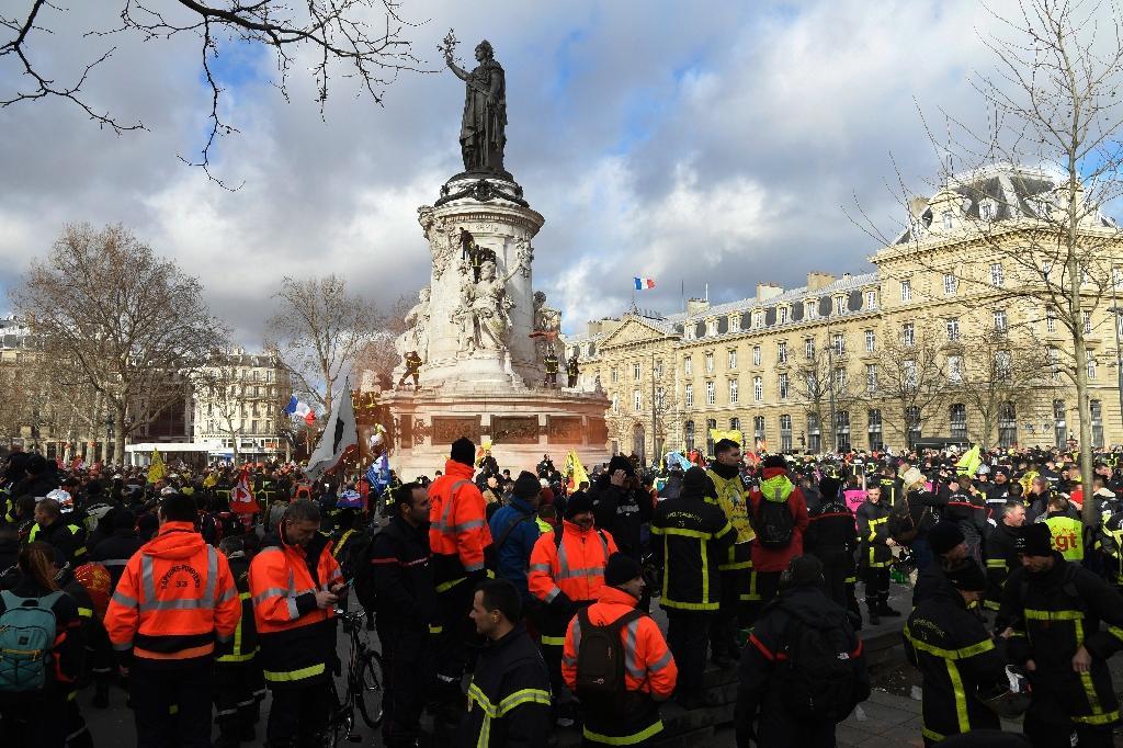Manifestation des sapeurs pompiers le 28 janvier 2020 à Paris