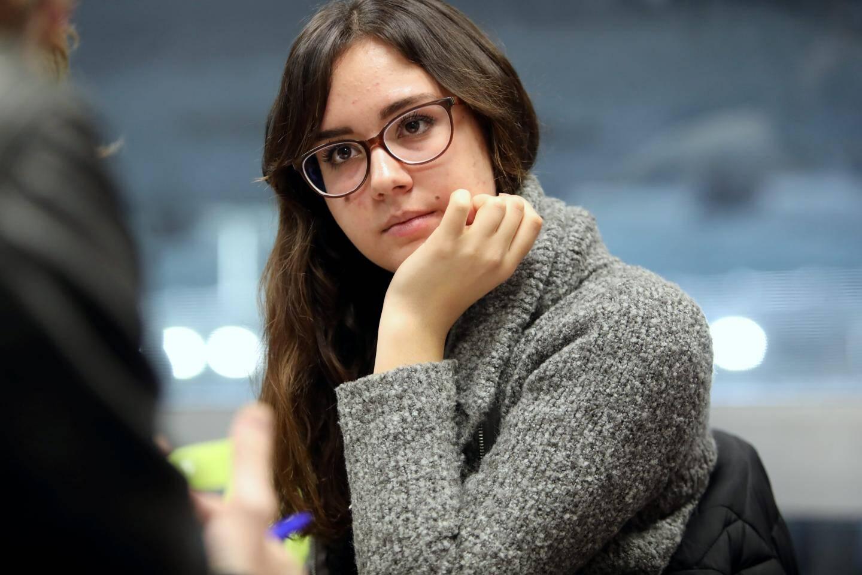 Marina Popov, 19 ans, raconte avoir perdu toute confiance en elle.