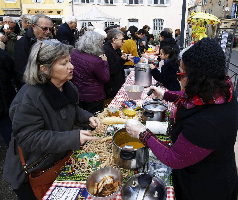 """Le potage préparé par """"Africamame"""" remporte le prix dans la catégorie """"individuels""""."""