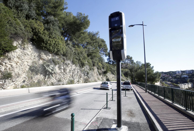 Le radar situé à Roquebrune-Cap-Martin, dans la montée de Carnolès.