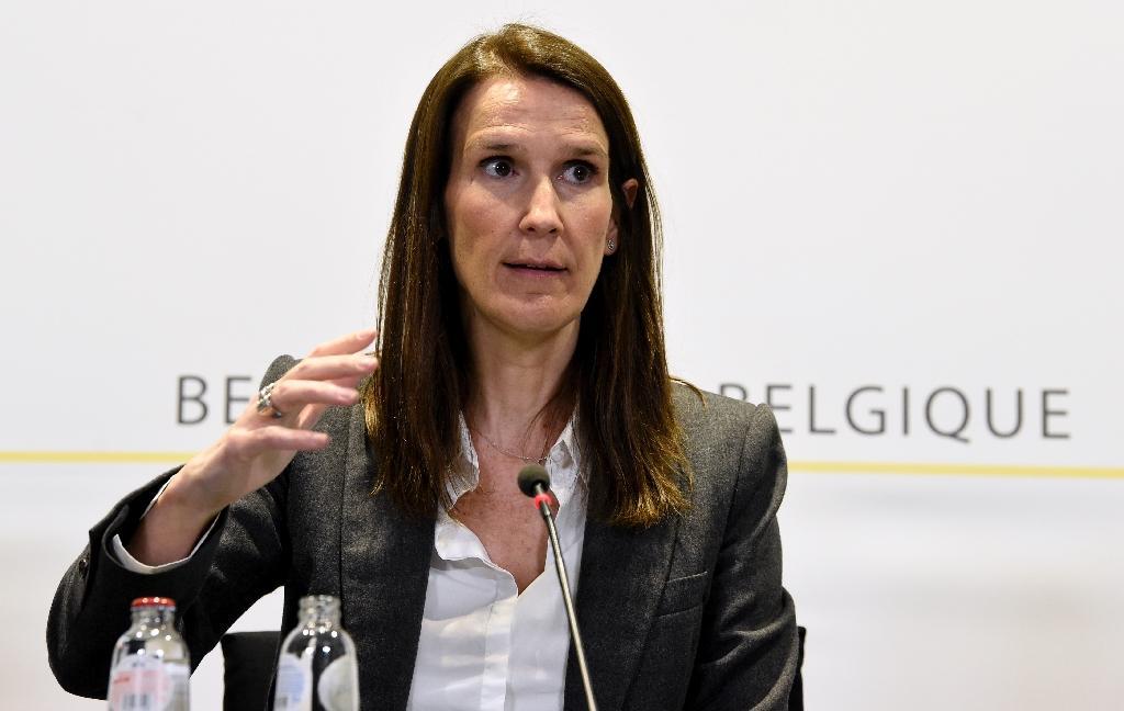 La première ministre belge Sophie Wilmès donne une conférence de presse à Bruxelles, le 17 mars 2020