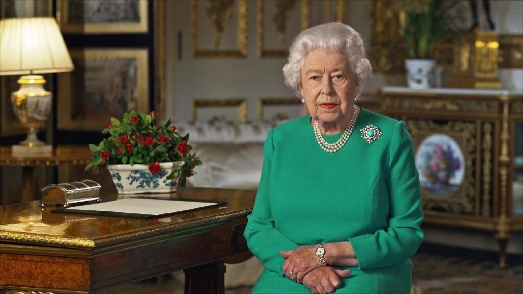 Image diffusée par Buckingham Palace de la reine Elizabeth II, le 5 avril 2020, lors de son allocution télévisée sur l'épidémie du nouveau coronavirus