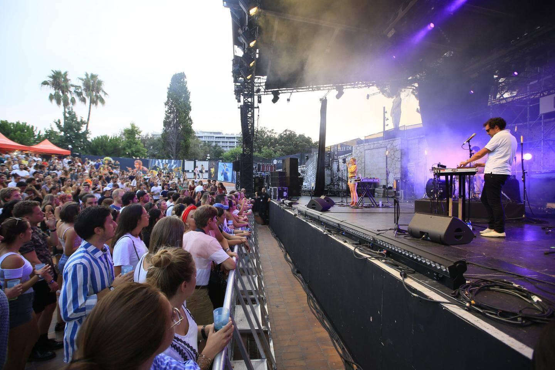 Un trait sur les concerts au Théâtre de Verdure à Nice, sur les Plages électro ou encore le festival Crossover.