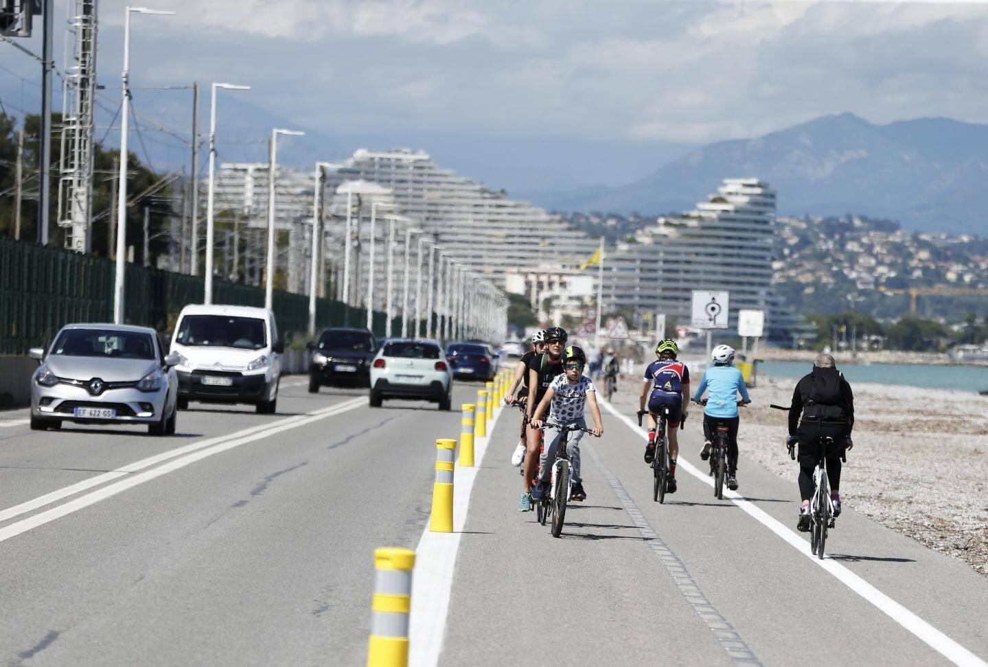 Villeneuve Loubet, la nouvelle piste cyclable sur le bord de mer entre Antibes et Villeneuve.