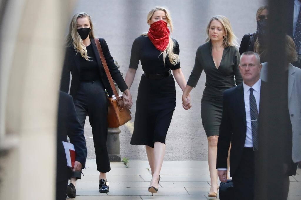 L'actrice américaine Amber Heard, ex-épouse de Johnny Depp, à son arrivée à la Haute cour de Londres, le 7 juillet 2020