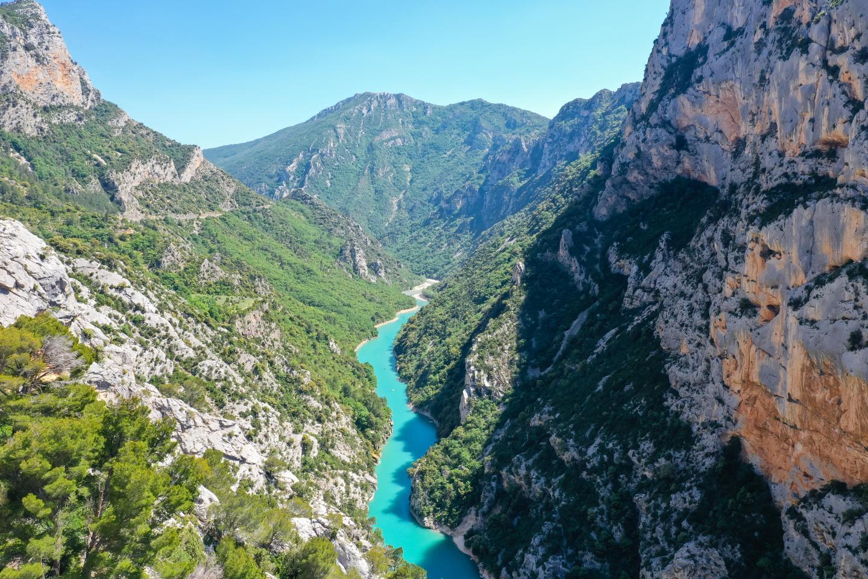 Gorges du Verdon.  Faire attention à la luminosité. Pour les rivières, la couleur de l'eau ne ressort qu'au soleil.