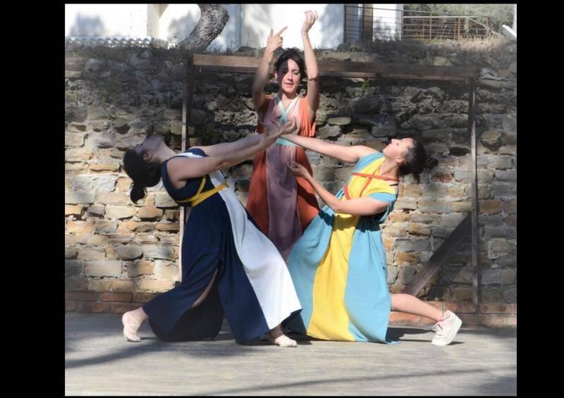 Le spectacle revient sur dix siècles d'histoire et se concentre majoritairement sur la période romaine.