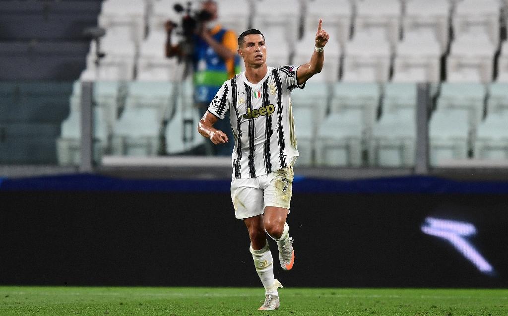 L'attaquant de la Juventus Cristiano Ronaldo après son premier but contre Lyon en 8e de finale de retour de la Ligue des champions, le 7 août 2020 à Turin