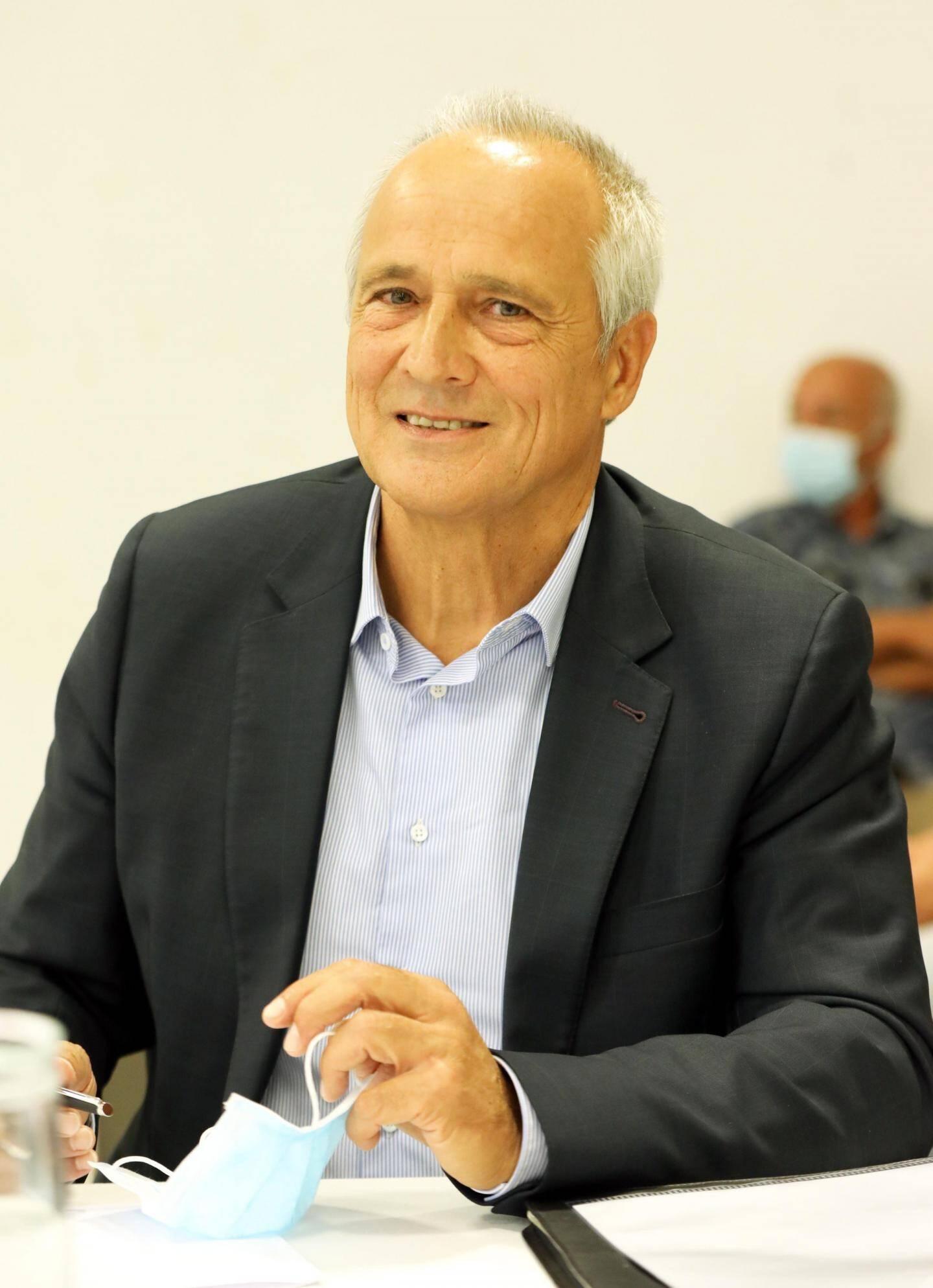 Jean-Luc Longour, maire du Cannet.
