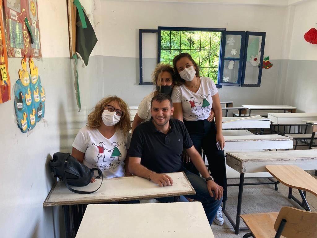 Les Amis du Liban ont rencontré le directeur de l'école, Choucri Mansour.