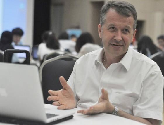 Philippe Gourbesville, professeur à polytech'Lab, université de Nice Sophia Antipolis. Hydrologue, enseignant chercheur.