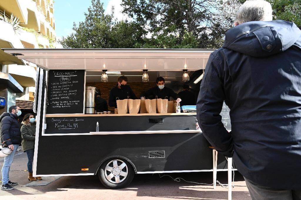 """Le """"food-truck"""" du chef Alexandre Mazzia à Marseille le 24 novembre 2020"""