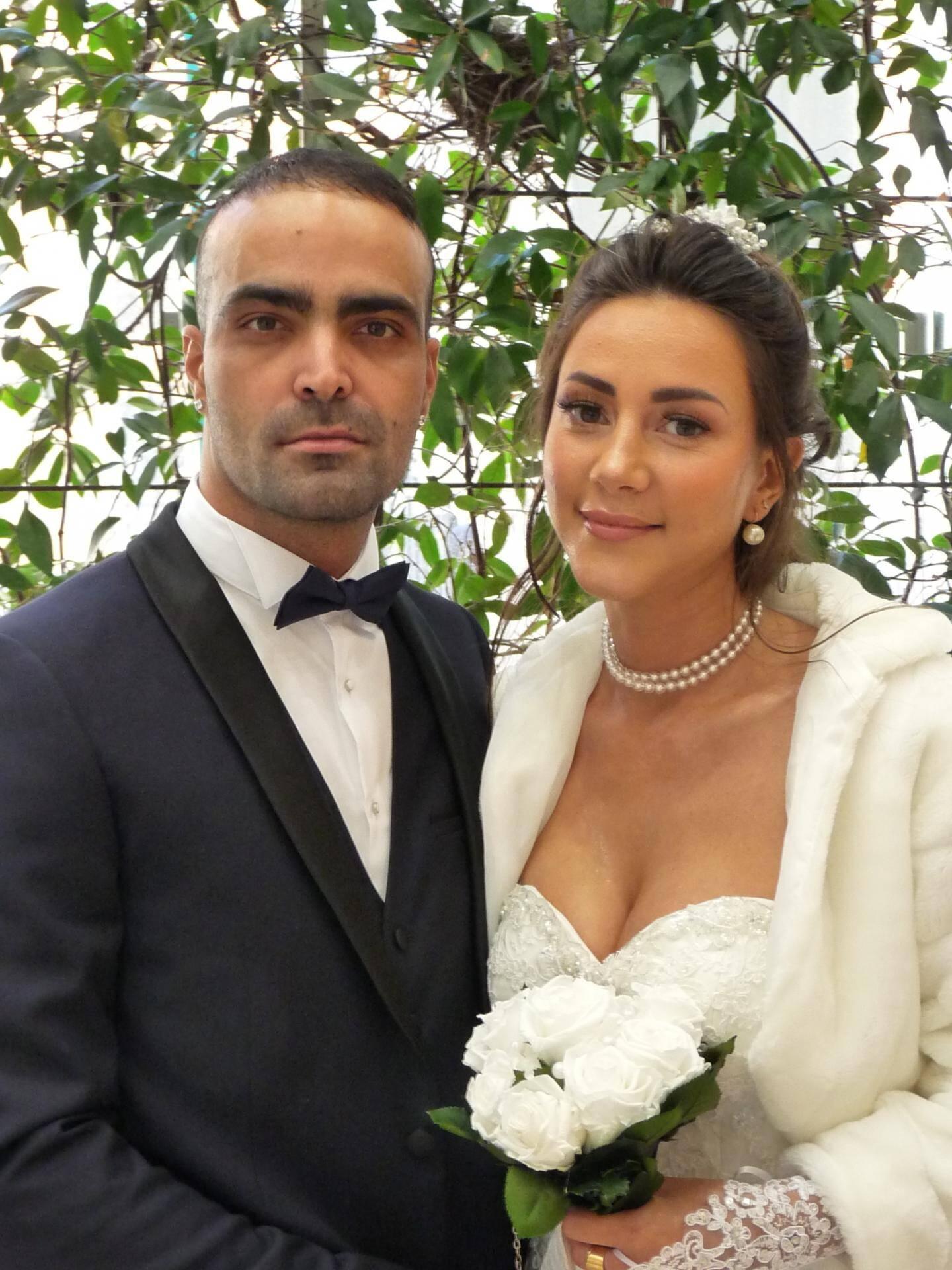 Fabio Almeida Martins, livreur, et Aurélie Bianchi, assistante commerciale.