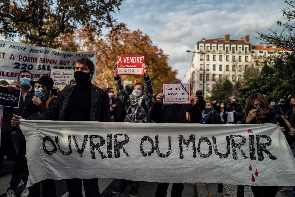 Manifestation de commerçants à Lyon le 16 novembre 2020