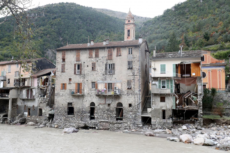 À Fontan, des immeubles entiers ont été éventrés par la Roya en crue lors de la tempête Alex.