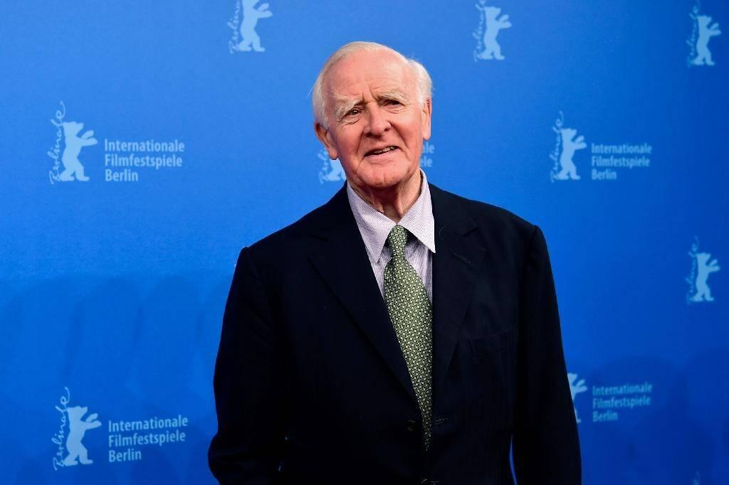"""L'auteur britannique de romans d'espionnage John le Carre (David John Moore Cornwell) lors de la présentation à la Berlinale du film """"The Night Manager"""" à Berlin le 18 fvrier 2016"""