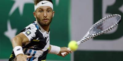 Roland-Garros: le Français Corentin Moutet perd le 2e match le plus long de l'histoire à Paris