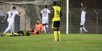 L'étoile FC se relève en battant Louhans-Cuiseaux 2-0