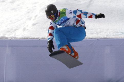Isola 2000 et son pemier entraineur, François Olivier, se sont mobilisés pour son champion de snowboardcross, Tony Ramoin.