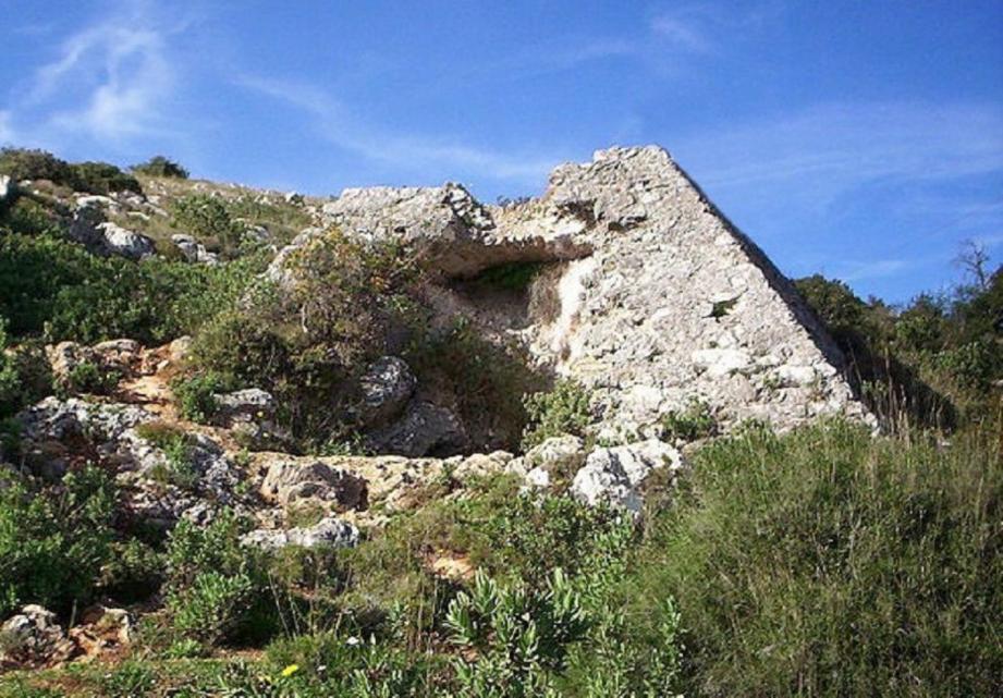 La pyramide de Faliconla pyramide