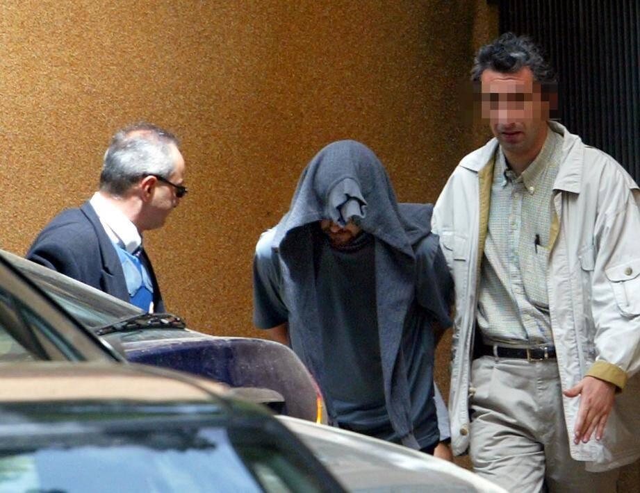 Franck Perletto, en 2003, après son évasion de la prison de Luynes.