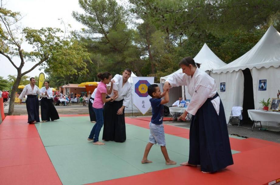 Une initiation à l'aïkido.