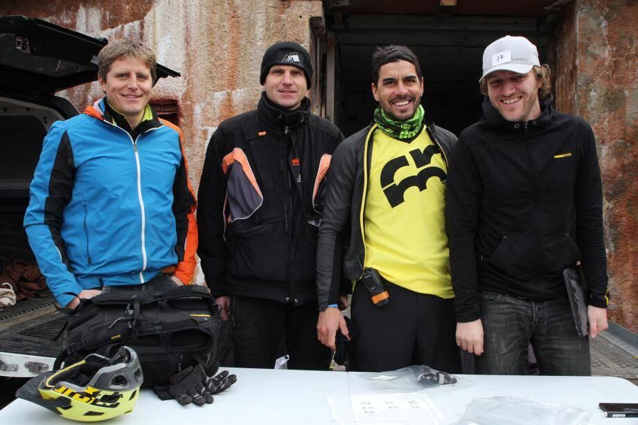 Parmi les participants, une grande part d'enduristes venus de l'extérieur. Mais aussi de nombreux Sospellois, pour le grand plaisir des responsables de Sospel-MTB : Brice Thouret, Manu Pupier, Ernesto Mendoza et Ash Smith.
