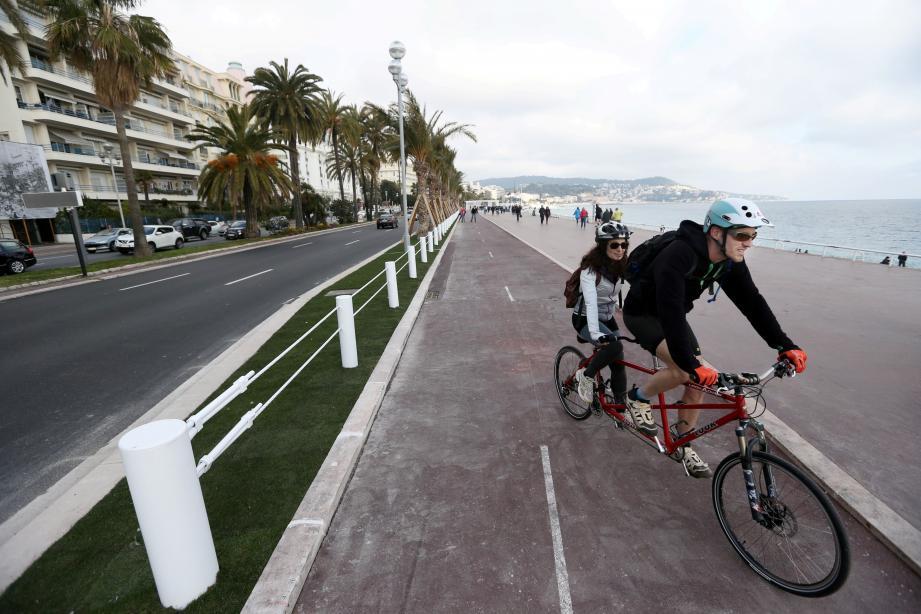 La partie piétonne et la piste cyclable de la promenade des Anglais ont été sécurisées