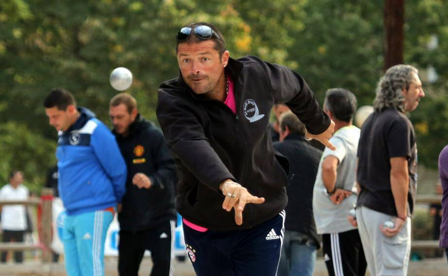 Jean-Pierre Coucourde et tous les participants ont hissé leur niveau de jeu hier avant la pause-pluie.
